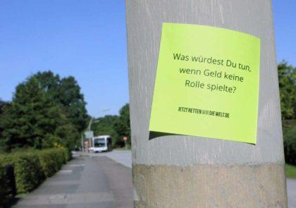 100in1day: Nachdenkzettel im öffentlichen Raum
