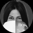 <span>Gründerin des Magazins Noveaux </span>